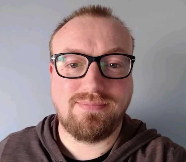 Headshot of Ian Ansell